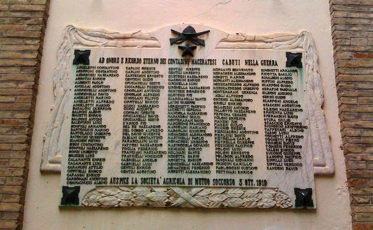 Lapide ai contadini caduti