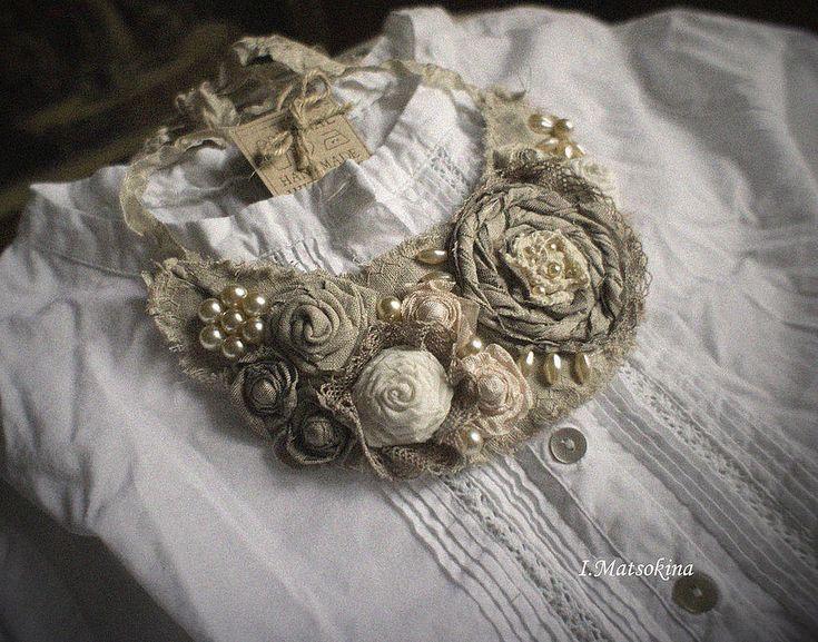 Купить Воротник Чайные розы для мамы - бежевый, для мамы, нежное украшение, нежное колье