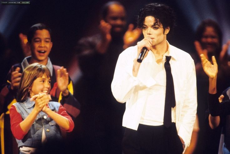 michael jackson mtv music awards 1995 photos | 1995 MTV Video Music Awards - Michael Jackson Photo (7274480) - Fanpop
