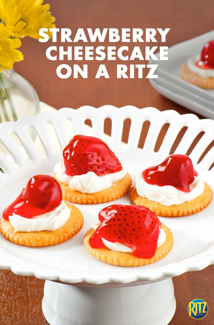 #TeamSweet is rushing towards the end zone with these fruity and fresh cheesecake RITZ cracker toppers. The recipe is super simple and easy: just spread softened cream cheese on crackers and top with pie filling. It's a classic, no-bake dessert that deserves to play on the front line!