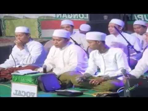 Al Munsyidin Live Terbaru 2015 Alqoulu Dhoa'