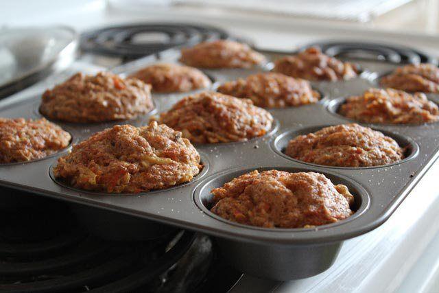 Sočni jabukasti muffini gotovi su vrlo brzo, a pojedu se još brže. Sastojci 250 gr brašna 250 ml jogurta 250… more →