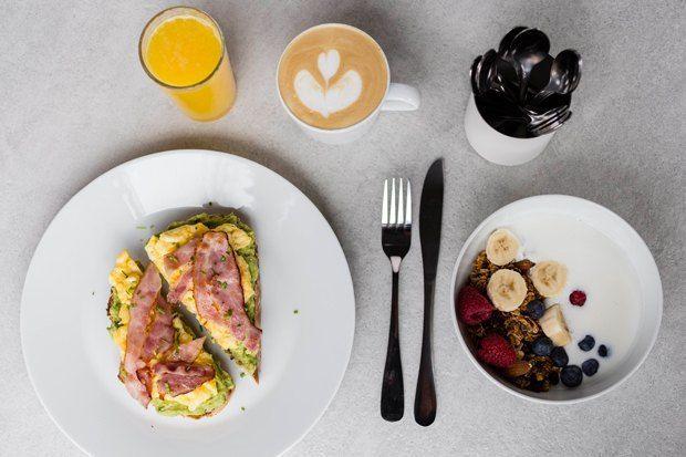 Успеть за15 минут: 7 рецептов быстрых завтраков — The Village