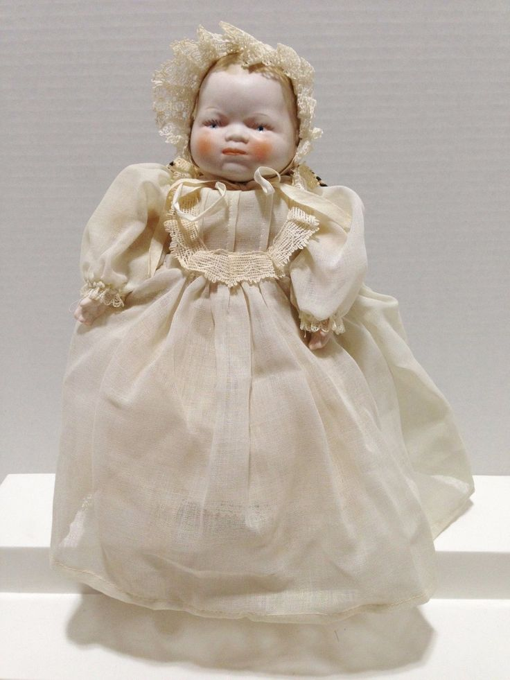Vintage Shackman 10 Quot Baby Porcelain Doll In Christening