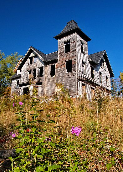It Just Must Be Haunted, Right? by Bridges    This old abandoned house in the Catskill Mountains would make such a great haunted house. If I were a roaming spirit, I'd certainly call it home.