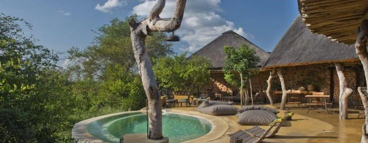 Your private bush snuggery within the Greater Kruger National Park, Geiger's Camp is the proud new addition to Motswari Private Game Reserve. Perched on a ridge with panoramic views of Big Five terrain, this luxury safari camp fuses tasteful elegance with historic, rustic charm.