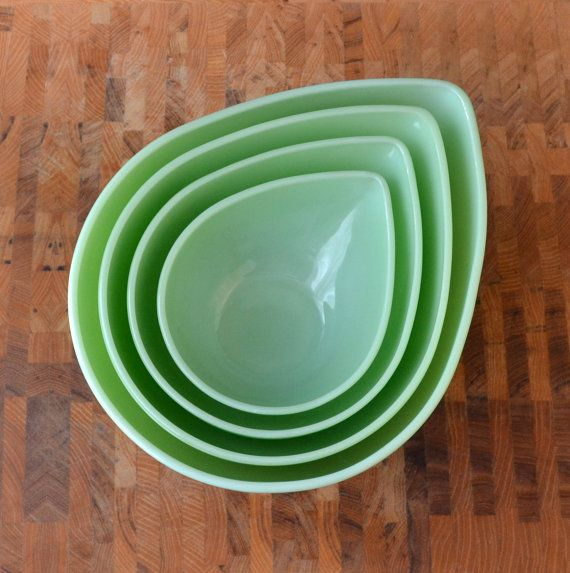 Jadeite Swedish Modern Bowl Set - Jadite Fire King - Mixing Bowl Set - Teardrop Bowl - Set of 4