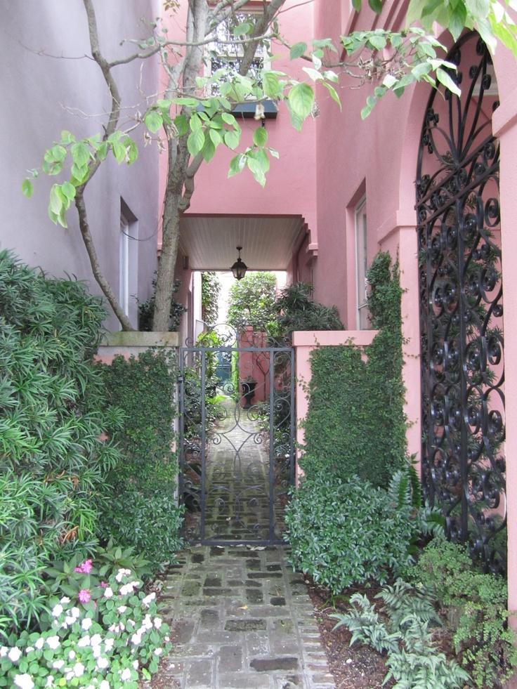 17 Best Images About Charleston 39 S Historic Rainbow Row On Pinterest Gardens Historic