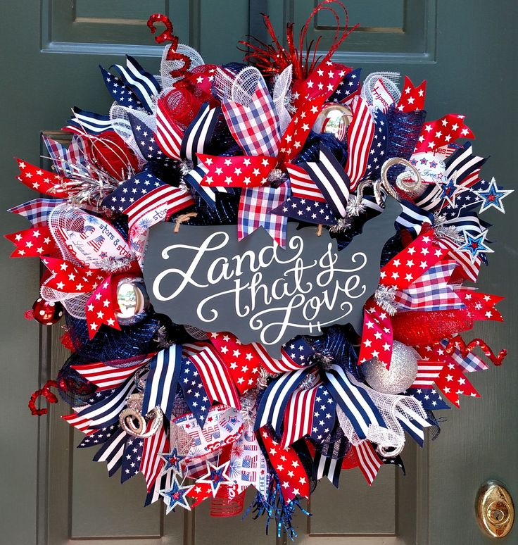 4th of July Wreath for the Holiday House Trenton