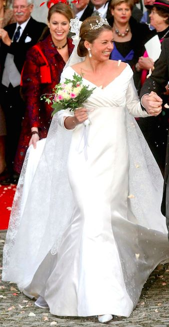Princess anne marie gaultherie van weezel royals for Princess anne wedding dress