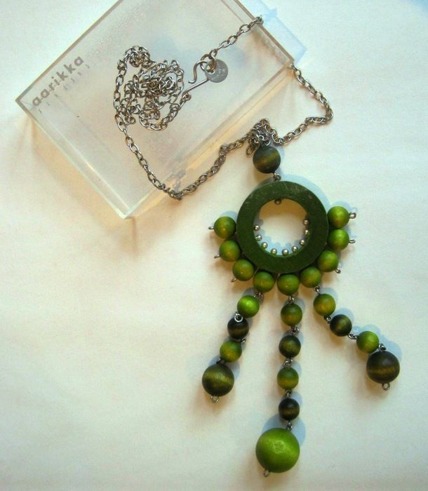 Auction item 'Aarika Vintage Finnish Necklace' hosted online at 32auctions.