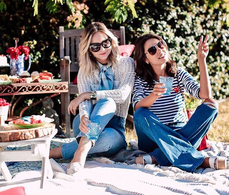 Shoeaholic 👠 | Fashion & Travel lover | Creator of VivaLuxury | Snapchat 👻 VivaLuxury