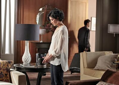 SANGUE BOM: Érico pega as malas na casa de Verônica e dá aquele fora na ex (SE LIGUE NAS NOVELAS) - MUNDO NOVELAS