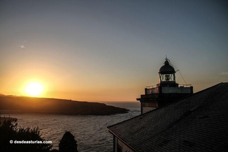 Luarca, Asturias [Más info] https://www.desdeasturias.com/luarca-esencia-marinera/ https://www.desdeasturias.com/asturias/que-ver-y-que-hacer/que-ver/
