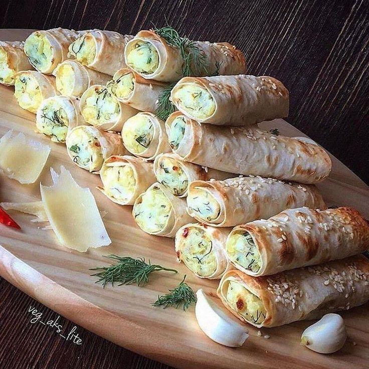 Трубочки из лаваша с картофельной начинкой