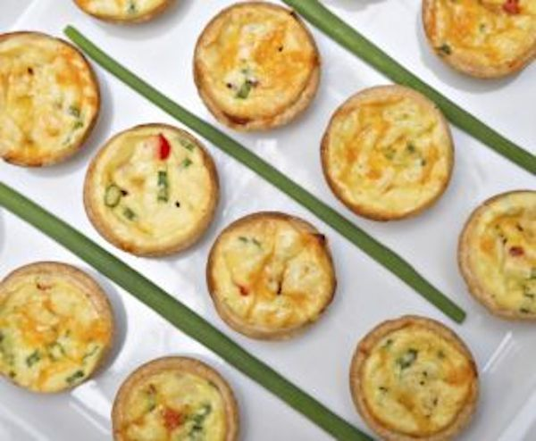 There is nothing better than starting the day with the right kind of foods. Easy Breezy Super Healthy Breakfast Egg Muffins are just perfect for the entire family. For this Easy Breezy Super Health…