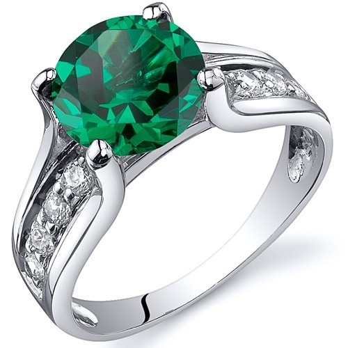 'Gorgeous Emerald Pure .925 Sterling Silver Ring SZ 5-9' is going up for auction at 10am Wed, Nov 7 with a starting bid of $5.