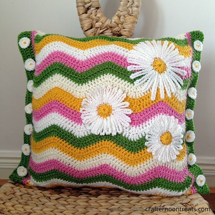 Summer crochet ripple cushion with daisy buttons and applique - free pattern and tutorials at crafternoontreats.com