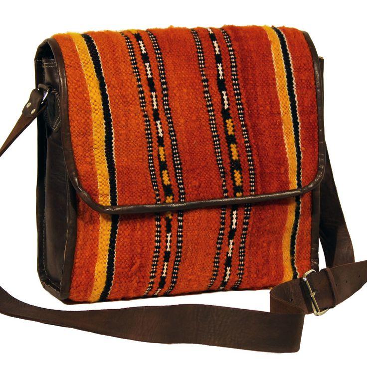 Tolle, marokkanische Kelimtasche im modernen Stil. www.albena-shop.de