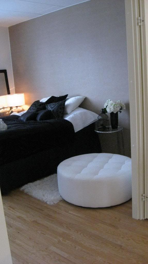 Bedroom, black bedspread