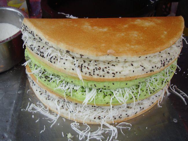 ขนมถังแตก Thai dessert