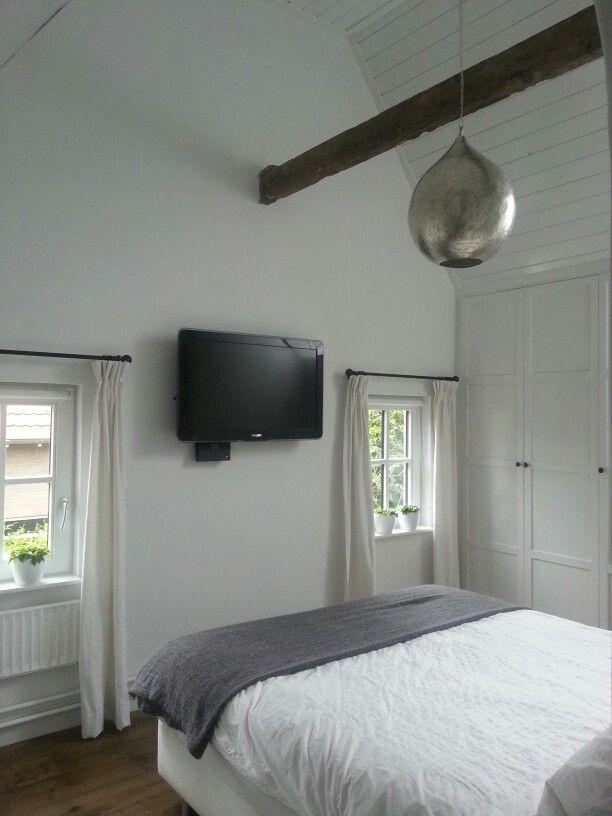 Slaapkamer met verhoogd plafond