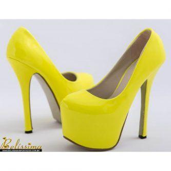 coleção de sapatos scarpin amarelo