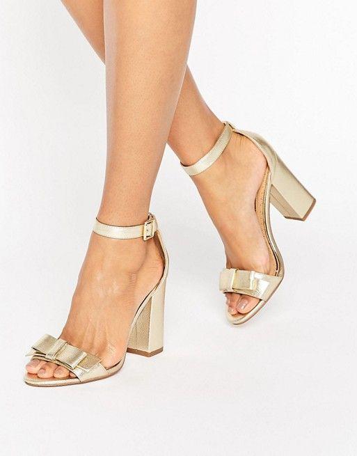 Miss KG | Sandalias de tacón doradas con lazo Flounce de Miss KG