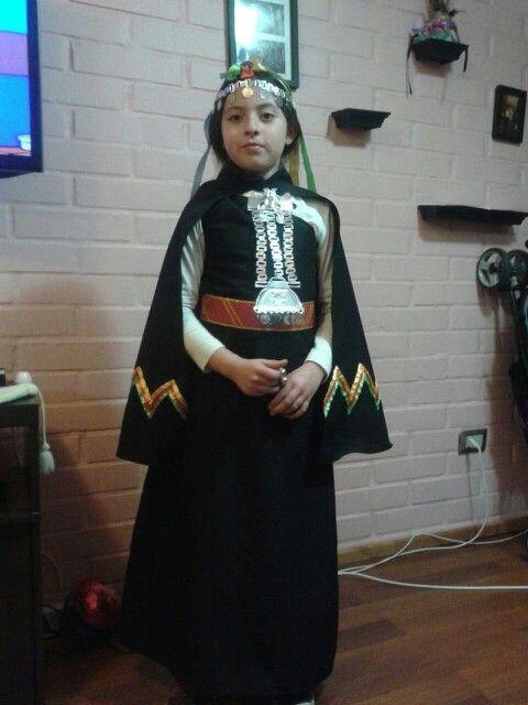 Un traje típico Mapuche