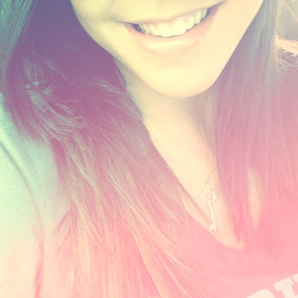 #cutesmile #iphone #love #vintage #girly #brunette #smiling
