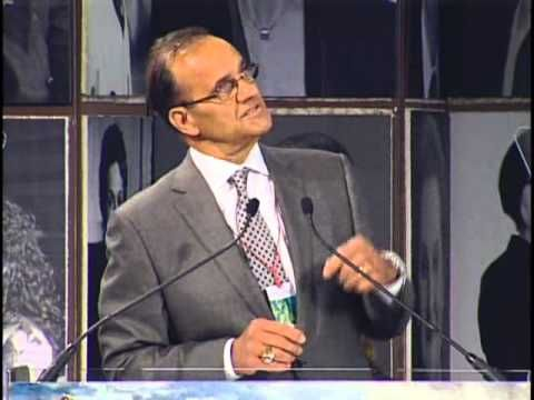 An emotional speech from Joe Torre at the 2011 #EllisIsland Family Heritage Awards