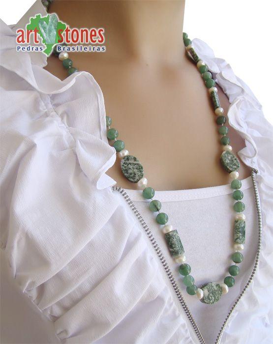 Colar de Quartzo Verde e Jaspe Indiano - CLM_300 - ArtStones http://www.artstones.com.br/colares-com-pedras-naturais/colar-de-quartzo-verde-e-jaspe-indiano-clm-300