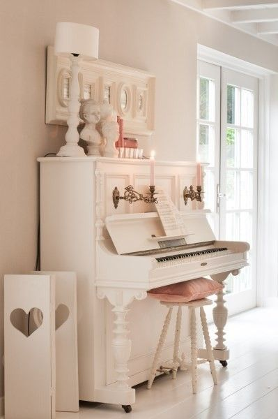 Best 25 Piano Decorating Ideas On Pinterest Piano Room