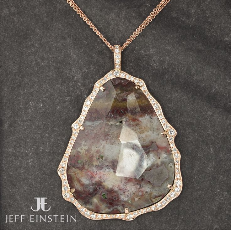 The latest custom piece designed by Jeff Einstein and crafted by our on-site jewellers. Featuring an agate slice surrounded by diamonds set in 18ct rose gold. #jeffeinsteinjewellery #doublebay #sydney #diamonds #organic #agate #jewellery #pendant #customdesign #handmade