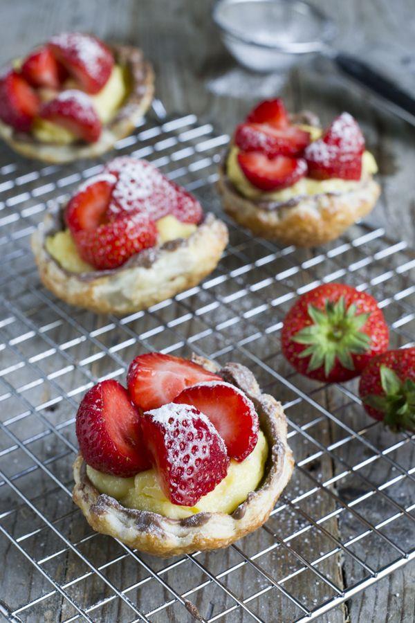 How to:  Aardbeienschelpjes van  bladerdeeg!