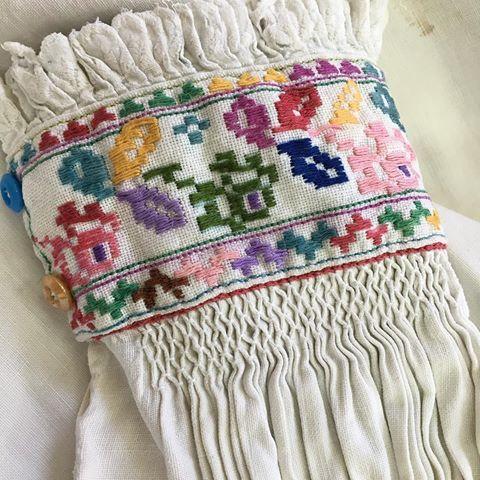 #манжет жіночої старовинної #сорочки #закарпаття вишуканість минулого століття Турянських долинян