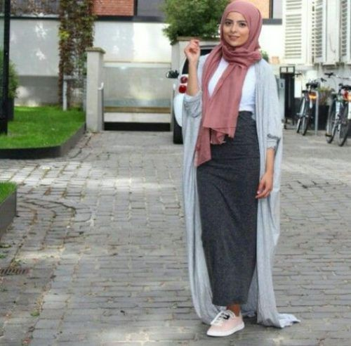 long maxi cardigan hijab outfit- Beautiful hijab trends 2016 http://www.justtrendygirls.com/beautiful-hijab-trends-2016/-Hijab Fashion