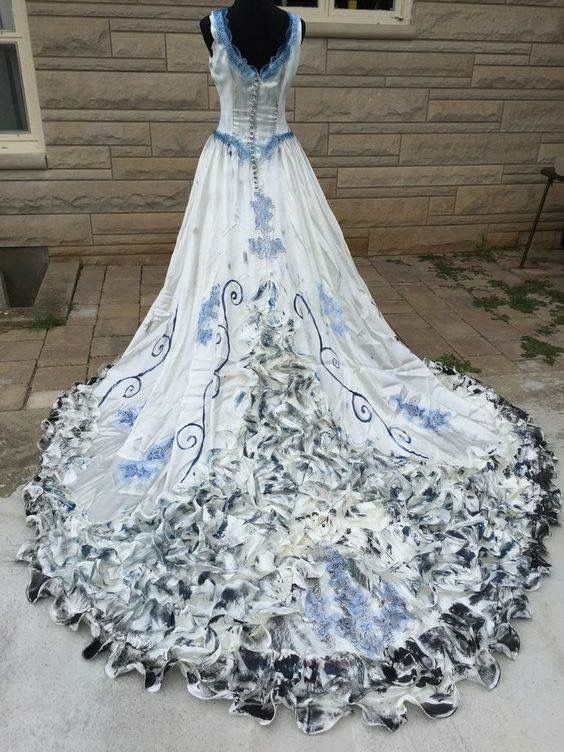 it was a beautiful dress once  #CorpseBride