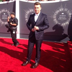 Sam Smith | All The Looks From The VMAs Red Carpet