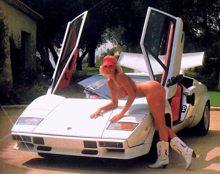 ass-boobs-naked-girls-and-lamborghinis