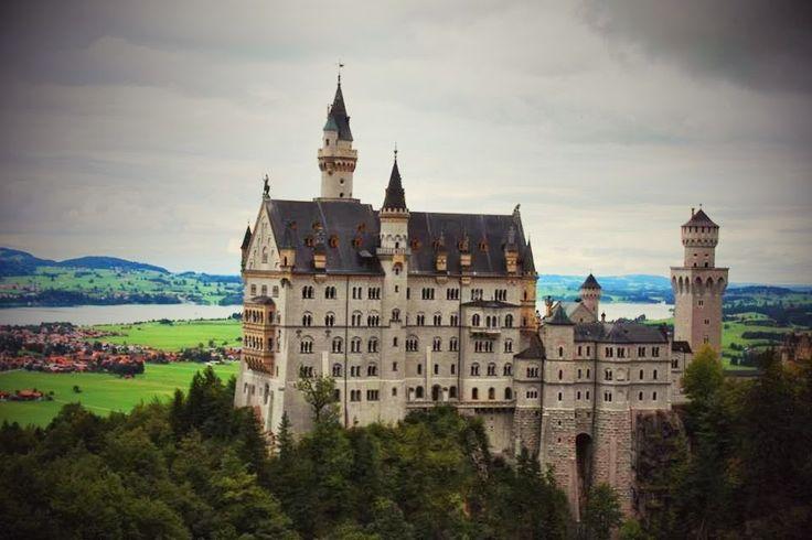 #Neuschweinstein #Castle, #Bayern (Germany)