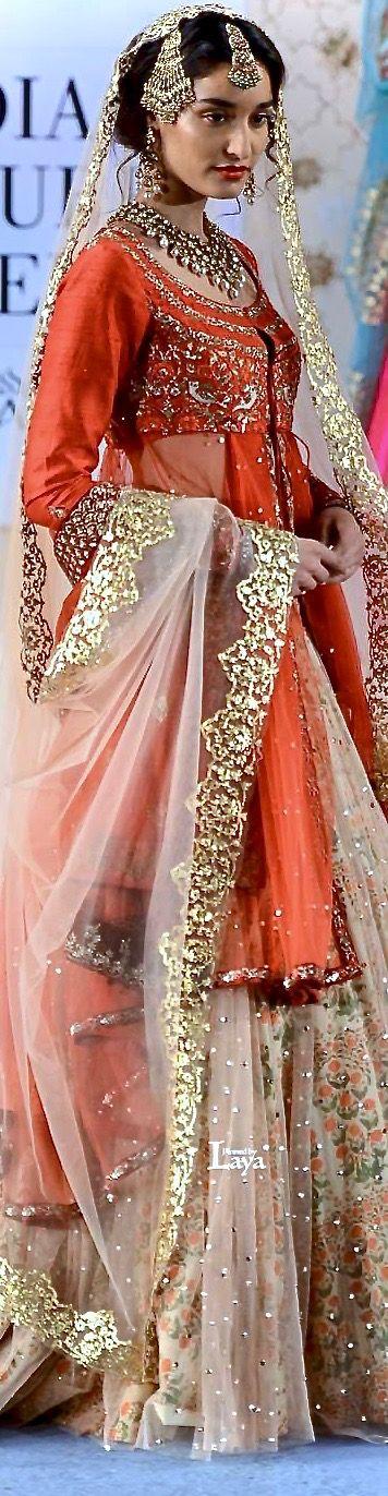 Anju Modi AICW 2015