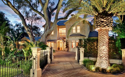 nice house: Dreams Houses, Dreams Home, Favorite Places, Nice Houses, Beautiful Homes, Brick Wall, Cayman Islands, Palms Trees, Beaches Houses