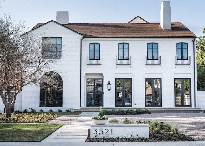 BECKI OWENS - Dream Home: A California Modern Mediterranean