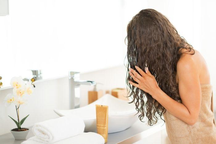avoir des cheveux en bonne santé – une routine capillaire avec un après-shampooing …