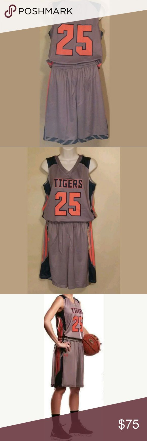 Womens Auburn Tigers Basketball Uniform Small Womens Auburn Tigers Small Basketball Jersey/Shorts #25 Under Armour New Under Armour Shorts
