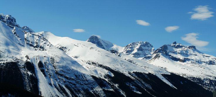 Χειμερινό πανόραμα στα καναδικά Βραχώδη Όρη, Kananaskis, Καναδάς
