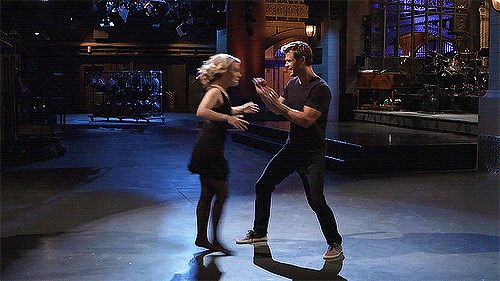 """Chris Hemsworth And Kate McKinnon Are Really Good At The """"Dirty Dancing"""" Move"""