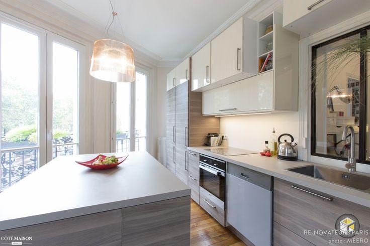 Comment aménager une cuisine avec une baie d'un côté et une fenêtre de l'autre? Haussmann, Classic, Chic, France