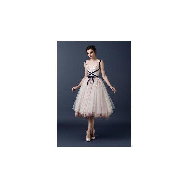 Φορέματα Παράνυμφων found on Polyvore